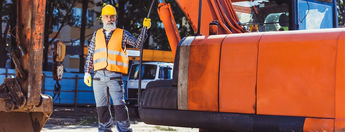 assetexchange-man-with-excavator-homepage-1200x459